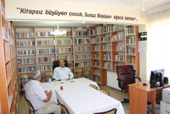3 Bin Nüfuslu İlçede 12 Bin Kitaplı Örnek Kütüphane