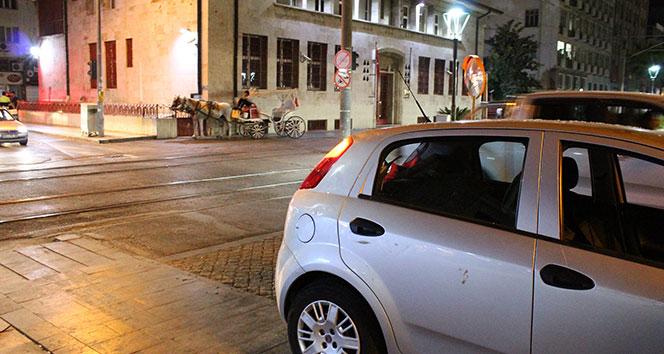 Antalya'da fayton otomobile arkadan çarptı: 1 yaralı