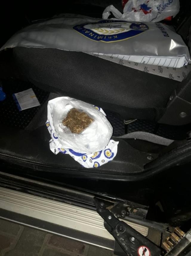 Datça da Şüpheli Araçtan 150 Gram Skunk Çıktı