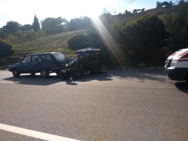 Gediz de Trafik Kazası: 1 Yaralı