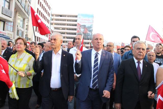 İzmir in Gurur Günü