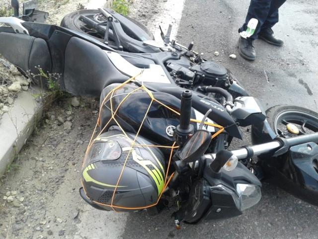 Kaskı Kafasına Değil Motora Takan Sürücü Kazada Ağır Yaralandı