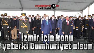 İzmir'de yağmur altında Cumhuriyet Bayramı coşkusu